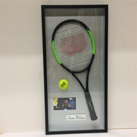 serena williams signed racquet with ball and photo 640x480 1